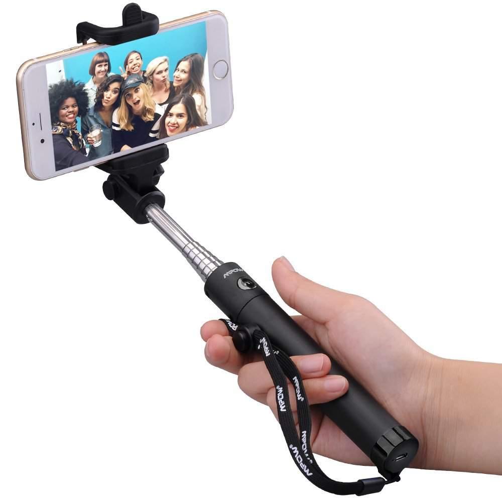 Selfie Sticks And Accessories